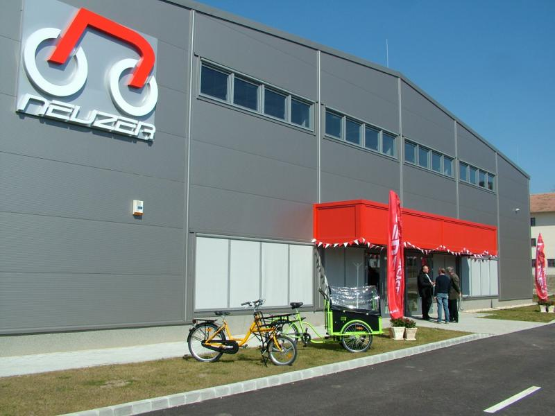 Gyárlátogatás Esztergomban